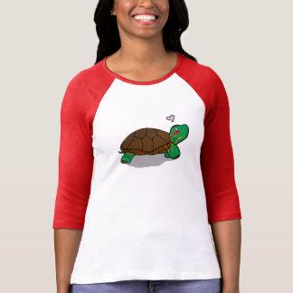 Rouge peint mignon de tortue - 3/4 chemise de t-shirt