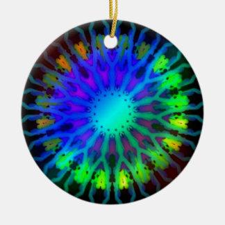 Rougeoyer dans l'art foncé de kaléidoscope ornement rond en céramique