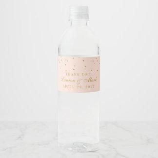 Rougissent le rose et le mariage de confettis d'or étiquette pour bouteilles d'eau