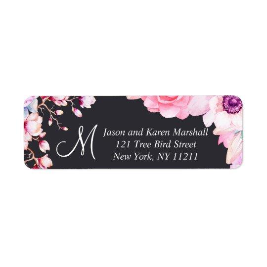Rougissent les fleurs roses sur les étiquettes de