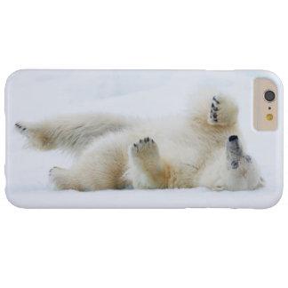 Roulement d'ours blanc dans la neige, Norvège Coque Barely There iPhone 6 Plus
