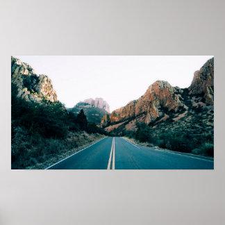 Route par les montagnes poster