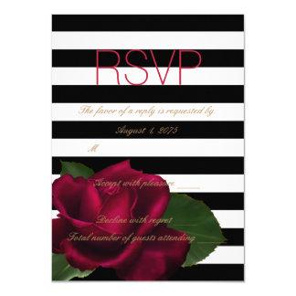 RSVP l'épousant rouge et noir de rose noir de Carton D'invitation 11,43 Cm X 15,87 Cm