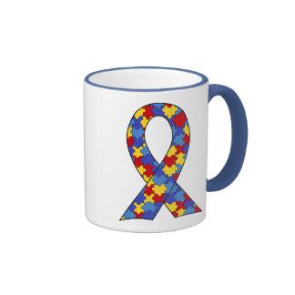 Ruban de sensibilisation sur l'autisme tasse à café
