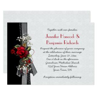 Rubans noirs de roses rouges épousant des carton d'invitation  12,7 cm x 17,78 cm