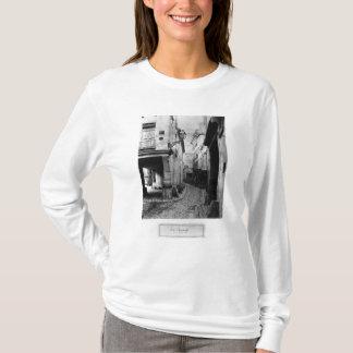 Rue Chanoinesse, de DES Chantres de rue, Paris T-shirt