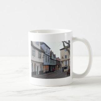 Rue pavée en cailloutis mug à café