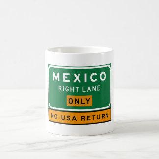 Ruelle droite du Mexique, poteau de signalisation, Mug