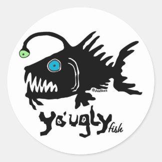 S106 - L'autocollant laid de poissons de Yo Sticker Rond
