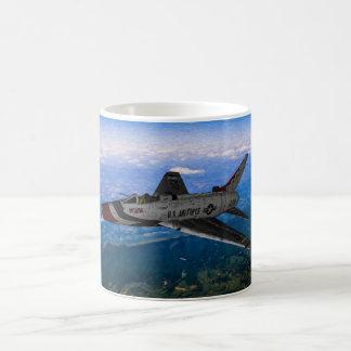 Sabre F-100 superbe Mug