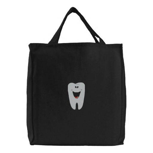 Sac brodé par dentiste