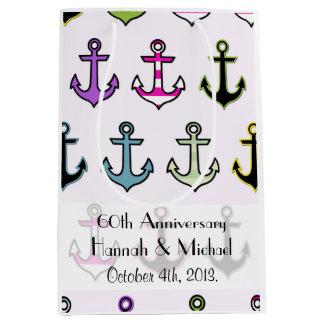 Sac Cadeau Moyen Anniversaire - ancres colorées (ancres de bateau)