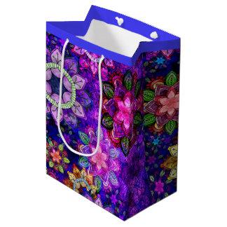 Sac Cadeau Moyen Mandalas de explosion vibrants d'aquarelle -