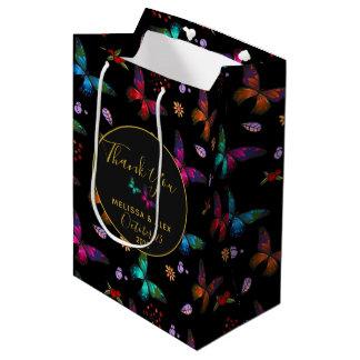 Sac Cadeau Moyen Papillons colorés élégants sur le mariage noir