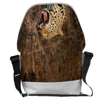 Sac de baîllement de léopard ! sacoches