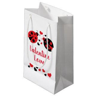 Sac de cadeau d'amour de Valentine de coccinelle