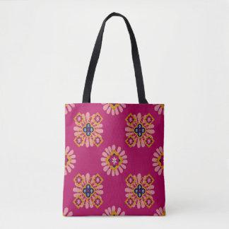 Sac fourre-tout décoratif marocain fuchsia à motif