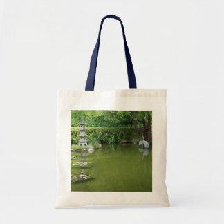 Sac fourre-tout japonais à l'étang #2 de jardin de