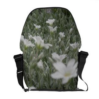 Sac messenger à nature de fleur blanche sacoche