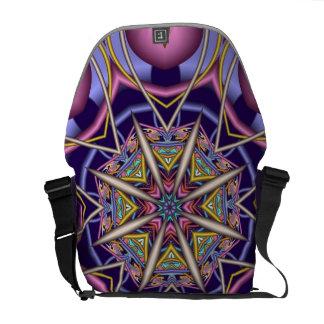 Sac messenger artistique à kaléidoscope de fractal sacoches