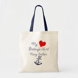 Sac Mon coeur appartient à un marin de marine