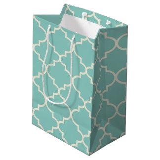 Sac moyen de cadeau de motif marocain bleu de