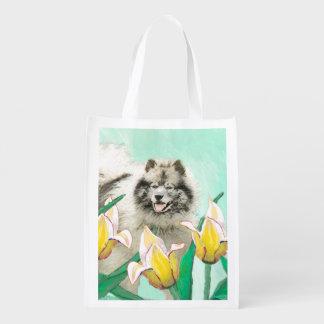 Sac Réutilisable Keeshond dans les tulipes