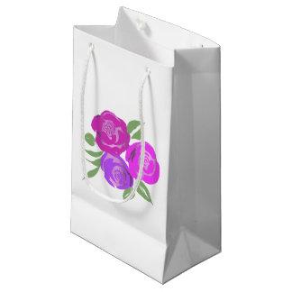 Sac rose et pourpre de cadeau de roses