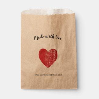 Sachets En Papier Fait avec amour • Coeur de rouge cramoisi fait