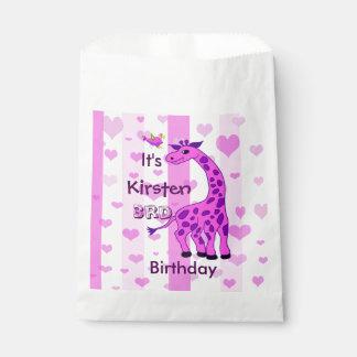 Sachets En Papier Illustration de girafe dans la couleur rose