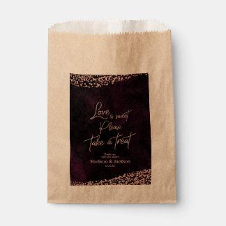 Sachets En Papier Le vin de Marsala et l'amour rose de mariage d'or