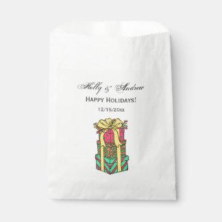 Sachets En Papier Noël enveloppé empilé de cadeaux de Noël