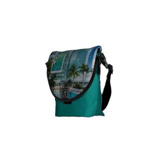 Sacoche Le spa au sac messenger à Conrad Miami