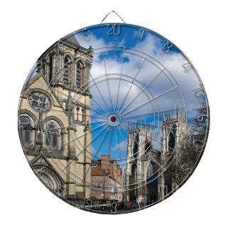 Saint Wilfrids et Minster. de York Jeux De Fléchettes