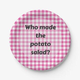 Salade de pomme de terre de plaque à papier de assiettes en papier