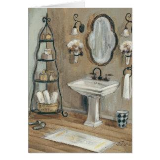 Salle de bains française avec le miroir et l'évier carte de vœux