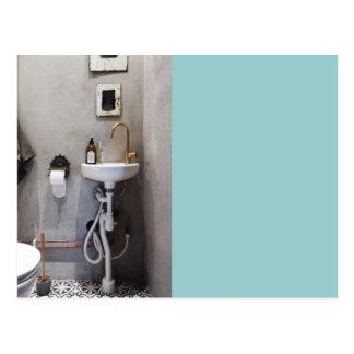 Salle de bains géniale carte postale