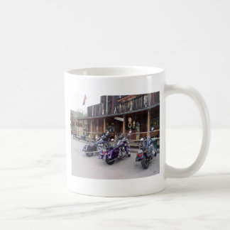 Salle occidentale de motos de Harley Davidson Mug Blanc