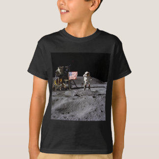 Salut d'Apollo 16 T-shirt