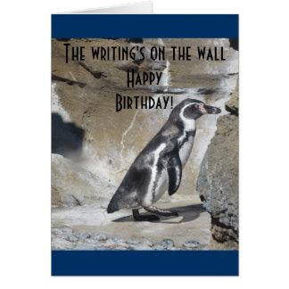 Salutation fraîche d anniversaire de pingouin carte