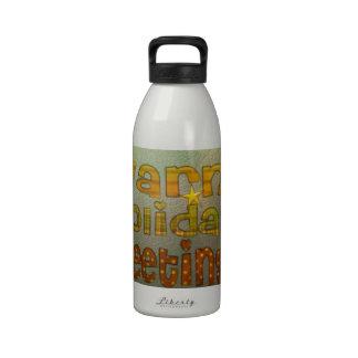 Salutations chaudes de vacances bouteilles d'eau réutilisables