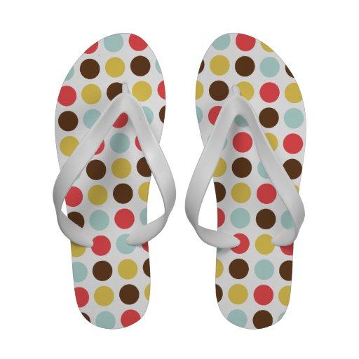 Sandales chics modernes mignonnes de motif de poin
