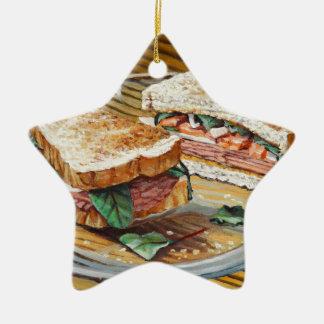 Sandwich à jambon, à salami et à fromage ornement étoile en céramique