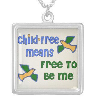 Sans Enfant je Pendentif Carré