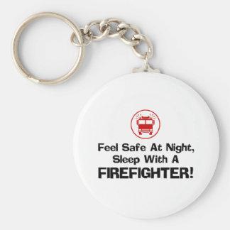 Sapeur-pompier drôle porte-clé rond
