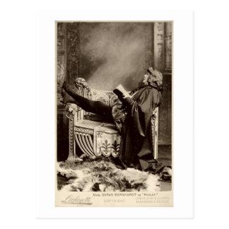 Sarah Bernhardt (1844-1923) comme Hamlet dans le Carte Postale