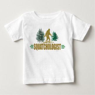 Sasquatching drôle, chasseur de Sasquatch T-shirt Pour Bébé