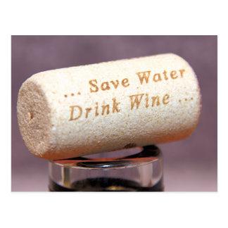 Sauvez la carte postale de liège de vin de boisson