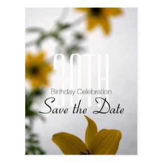 Sauvez le 30ème anniversaire de date - les fleurs carte postale