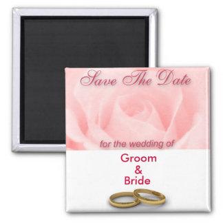 Sauvez le rose de rose de date et les anneaux de m aimants pour réfrigérateur
